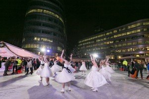 #BellesOnIce make Spinningfields spectacular!